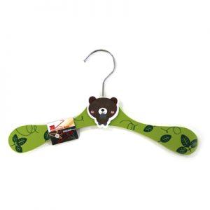 дървена детска закачалка за дрехи мече